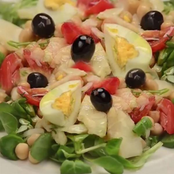 Salada de Bacalhau da Noruega com Grão e Rúcula